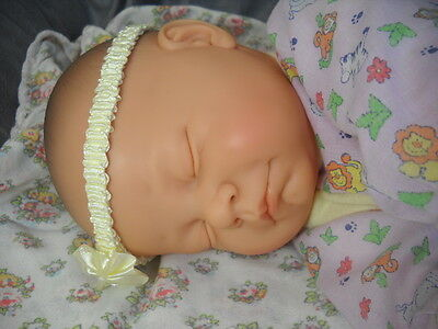 "New Price! Sleeping Berjusa 21""Baby Doll Girl or Boy w 2 Outfits Blanket- Clean!"