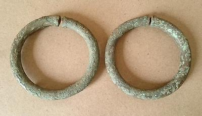 A pair of ancient  bronze Bangle Bracelet dragon form