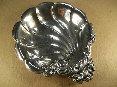 Antique Lunt Sterling Silver Shell/Scallop Nut Dish, 18.6g