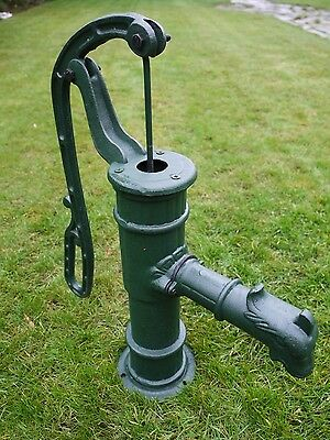 Garden Vintage Cast Iron Hand Water Pump Classic Old Style Retro Pump