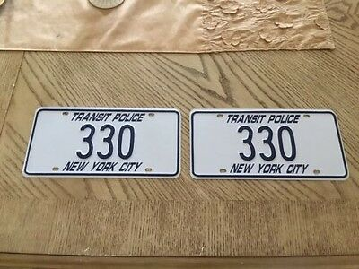 Obsolete PAIR OF New York City TRANSIT POLICE License low Plate #330 ++ 1980s