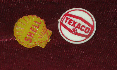 Texaco & Shell Badge Pins - Vintage Plastic Gas Oil Advertising Buttons