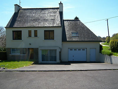 4 Bedroomed Detached Countryside House in Brittany, France. Move in Condition.