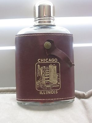 Vintage Flask In Leather Case Chicago Illinois Souvenir Ss Cap Good Pre-Owned