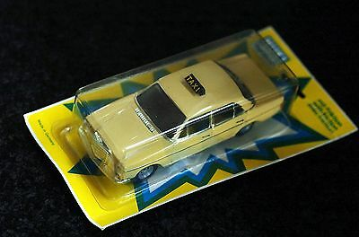 Huki Germany 214 MERCEDES 240 D TAXI Strich Acht /8 Friktion in orig. BLISTER  !