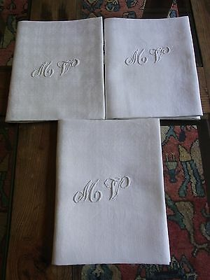 LOT01/ 3 Serviettes de table 66x86cm fil damassé monogramme MV 3 Old napkins