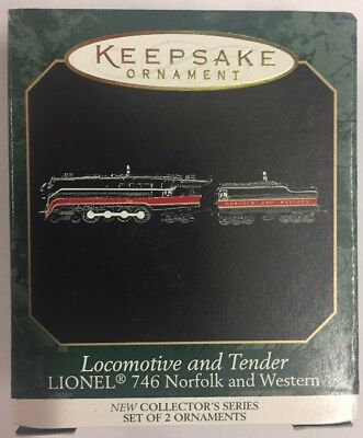 Hallmark QXM4549 Lionel 746 Steam Locomotive & Tender Miniature Ornamanet