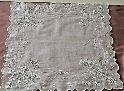 Charming Vintage Hand Embroidered Linen Wedding Hanky Ss976