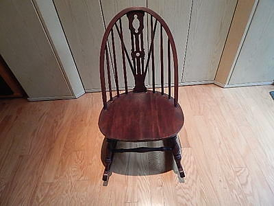 Antique Wood Windsor Rocking Chair Nice Condition Local Pick Up