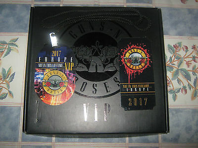 Guns N Roses 2017 Limited Edition Vip Book*#425/12500*not In This Lifetime Mint