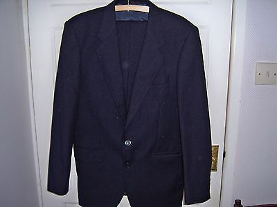 Quality Classic fine pin stripped bluey/black wool suit
