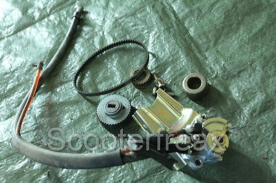 (S14) Piaggio Quartz 50 NSP LC Genuine Oil Pump with Driver + Sprocket Oilpump