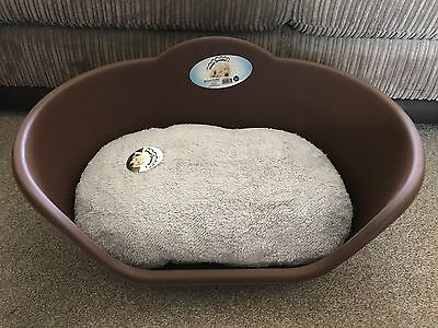 Large Brown Plastic Pet Bed Cat Dog Basket Luxury Grey Fleece Washable Cushion