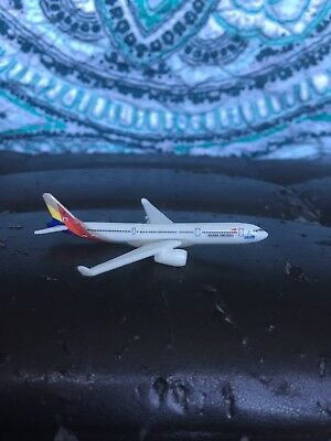 Kinder Surprise Toy Asiana Airlines Airplane (Missing Display Stand)