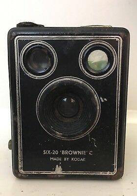 Vintage Kodak Camera Six-20 Brownie C Box Camera Collectable.