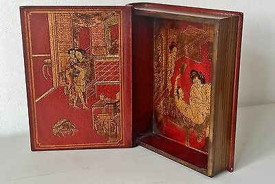 Exquisite Antique JAPANESE EROTICA Red Lacquered Box Gold Gilt With Egrets