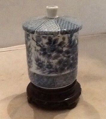 Japanese Blue & White  Porcelain Covered Tea Caddy / Ginger Jar / Stand /signed