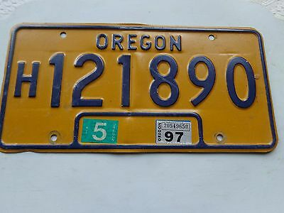 OREGON license plate  (OVER THREE YEARS OLD)