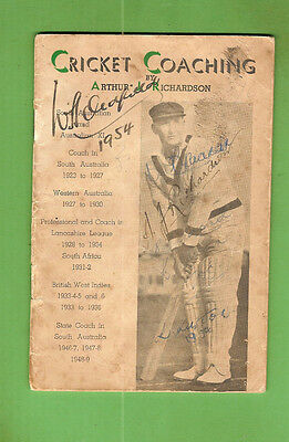 #D311. CRICKET COACHING BOOKLET SIGNED BY BILL OLDFIELD, ARTHUR RICHARDSON etc