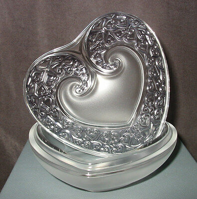 Perfect New In Box Lalique Heart Box With Lid