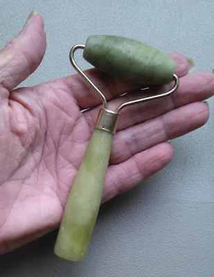 "4 1/2"" Stunning Carved Natural Green Nephrite Jade Crystal Healing Massage Wand"