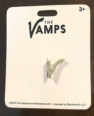 The Vamps V Button hole Clip Claire's Claires Accessories £4 RRP