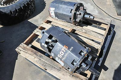 McMILLEN X5075 Auger Can run a 48 inch wide bit.NEW-Never Used-2 inch hex drive.
