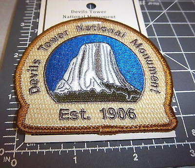 Devils Tower Wyoming National Monument Embroidered patch, est 1906, beautiful