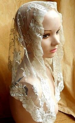 Gorgeous Antique /vintage Net Lace Wedding Veil, mantilla, Scarf, ivory