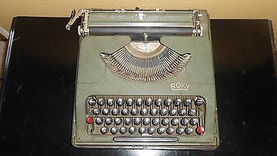 Collectible Roxy / Rooy Paris France Portable Typewriter Mid Century 1950's