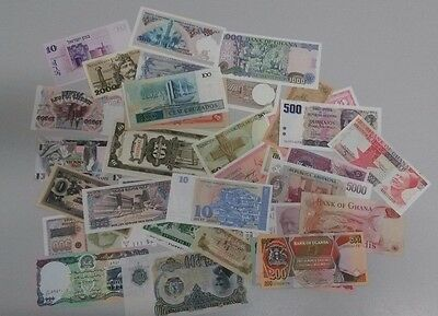 World Banknotes - Bulk Lot of 40 World Banknotes Uncirculated Notes Set # 13
