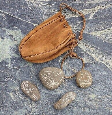 Four Vintage Latin South American Nazca Lines Carved Pebbles With Leather Bag Nr