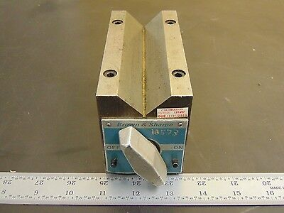 "Brown & Sharpe Magnetic V-block 750D 5-1/4"" L x 2-1/2"" W x 3-3/16"" H FN46"