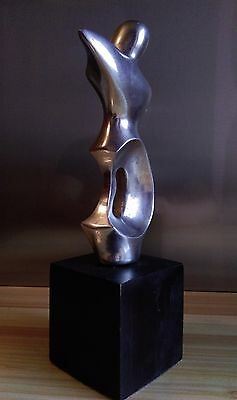 Sculpture Anthropomorphe En Aluminium , Travail Contemporain
