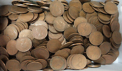 #29. About 4.5  Kilograms Australian Kangaroo Design Penny Coins, About 470