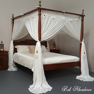 SEASIDE Minimalistic Four Poster Hand Carved Bed Chestnut Queen Size Teak Wood