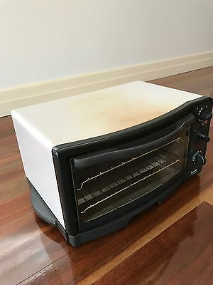Compact oven Breville CVN20 - oven/bake up to 200 degrees, toaster