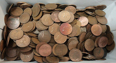 #32. About 4.5  Kilograms Australian Kangaroo Design Penny Coins, About 470