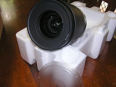 Barco Standard Zoom Lens EN21 Compatible with F85 and F82 series projectors