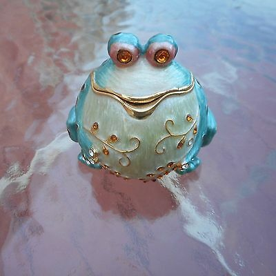 Enameled jeweled green cloisonne fat frog trinket box with identical necklace