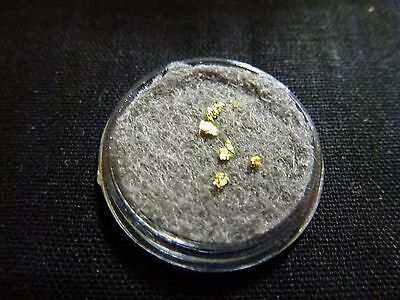 Small Gold Nuggets/Flakes x 5 - JBO064
