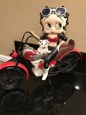 Betty Boop on Motorcycle Polyresin Figurine Statue and Metal Frame Bike