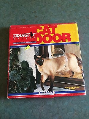Transit Deluxe Cat Door: Also suitable for Miniature Dogs