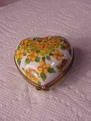 Beautiful Limoges France Trinket Box  Heart Shaped  Peint Main