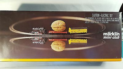 Marklin Z mini-club 8182 0-6-0 Belgian Steam Locomotive Starter Set