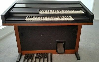 Lowrey Organ & Accessories