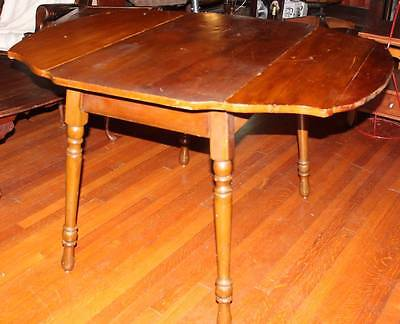 Vintage Scalloped Double Erfly Drop Leaf Dining Kitchen Table W Turned Legs