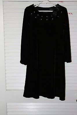 Girls  Dress Size 6 The Childrens Place Long-Sleeve Black Velveteen Dress