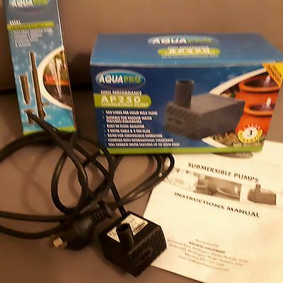 AQUAPRO AP250 submersible pump for ponds, with APFK1 Fountain Kit No. 1 - used