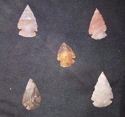 5 Neolithic Flints Arrow head 6000-4000 BC